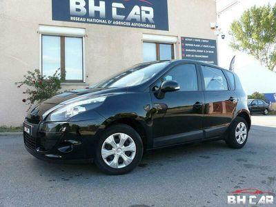 occasion Renault Mégane 2011 - Noir Verni - scenic 1.5 dci 110 Authentique