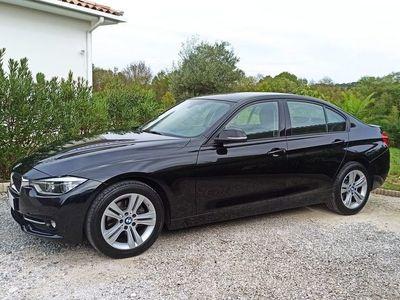 occasion BMW 318 Série 3 (F30) D 150CH BUSINESS DESIGN Noir Métal Garantie 12 Mois