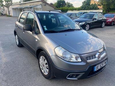 occasion Fiat Sedici - 1.6i 16v 120ch 5porte 4x2 clim ct ok - Gris