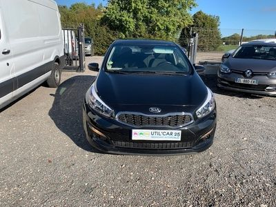 occasion Kia cee'd Cee'd1.6 CRDI 110CH ISG ACTIVE BUSINESS