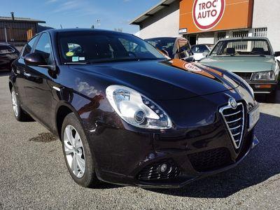occasion Alfa Romeo Giulietta 2.0 Jtdm 140 ch Sets Distinctive