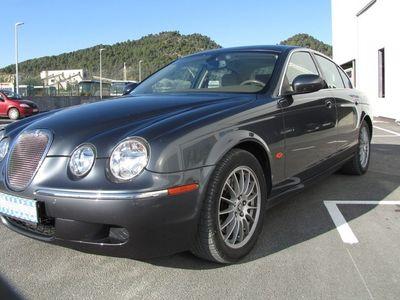 occasion Jaguar S-Type 2007 - Gris clair Métallisé - 2.7 V6 D Bi-Turbo 207 CV BVM