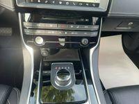 occasion Jaguar XE 2.0D 180CH R-SPORT AWD BVA8