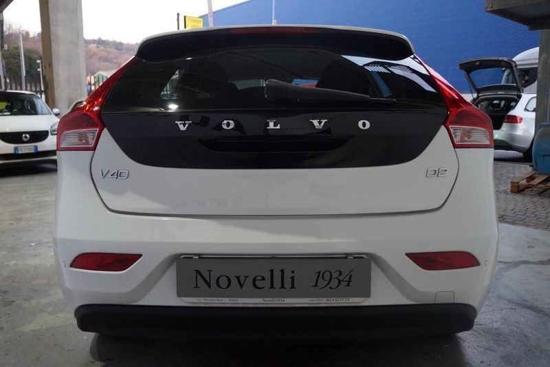 sold volvo v40 2012 diesel 1 6 d2 used cars for sale autouncle. Black Bedroom Furniture Sets. Home Design Ideas