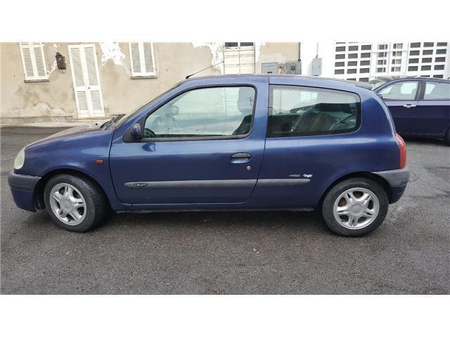 sold renault clio 1 9 dti cat 5 po used cars for sale autouncle. Black Bedroom Furniture Sets. Home Design Ideas