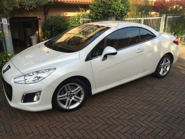 sold peugeot 308 cc 1 6 thp f line used cars for sale autouncle. Black Bedroom Furniture Sets. Home Design Ideas
