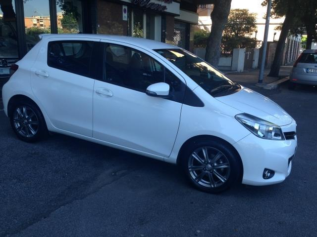 sold toyota yaris bianca 1 4 d4d s used cars for sale autouncle. Black Bedroom Furniture Sets. Home Design Ideas