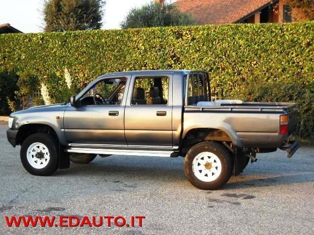 sold toyota hilux 2 4 diesel 4 por used cars for sale autouncle. Black Bedroom Furniture Sets. Home Design Ideas