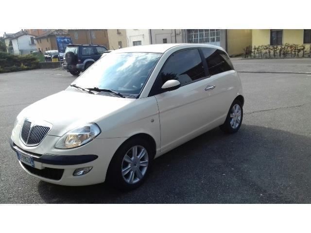 venduto lancia ypsilon 1.2 beige - auto usate in vendita