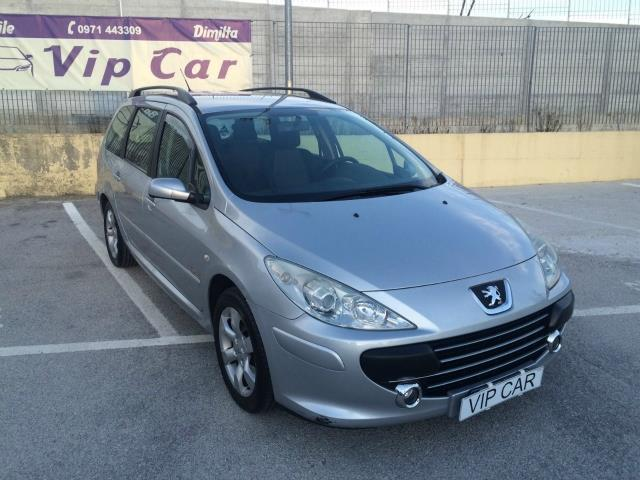 sold peugeot 307 1 6 16v hdi fap 1 used cars for sale. Black Bedroom Furniture Sets. Home Design Ideas