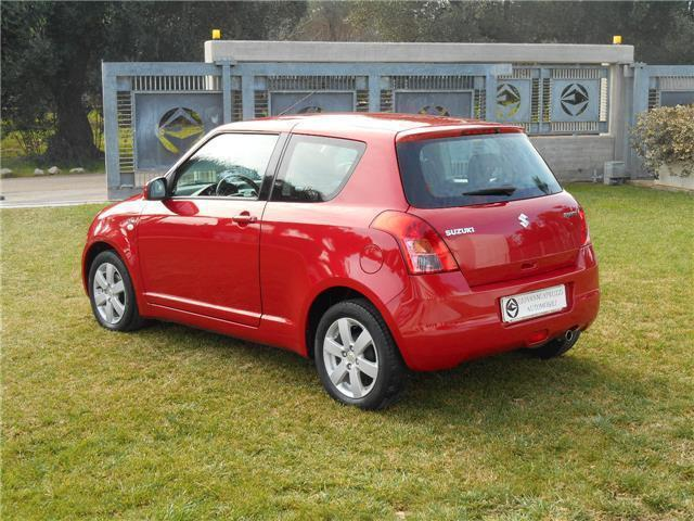 sold suzuki swift ii 1 3 ddis 75 m used cars for sale. Black Bedroom Furniture Sets. Home Design Ideas