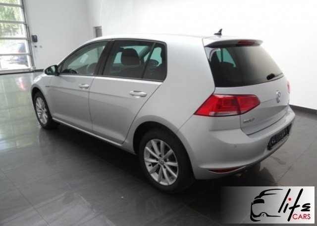 sold vw golf 1 6 tdi 110 cv 5p lo used cars for sale autouncle. Black Bedroom Furniture Sets. Home Design Ideas