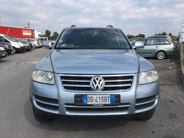 sold vw touareg 2 5 euro 4 diese used cars for sale. Black Bedroom Furniture Sets. Home Design Ideas