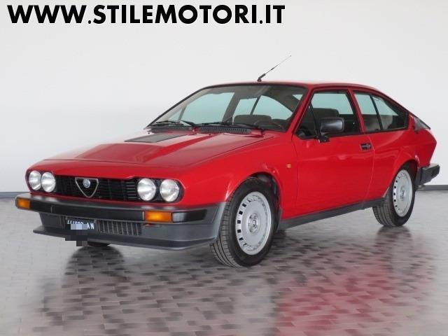 sold alfa romeo gtv gtv6 2 5 v6 as used cars for sale autouncle. Black Bedroom Furniture Sets. Home Design Ideas