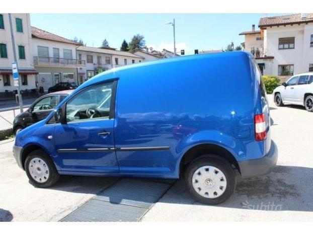 sold vw caddy caddy1 9 tdi 105 4m used cars for sale autouncle. Black Bedroom Furniture Sets. Home Design Ideas