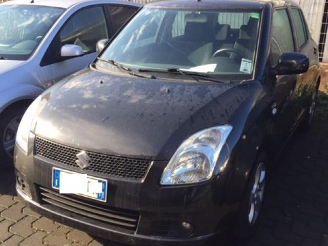 sold suzuki swift 1 3 ddis 5p gl used cars for sale autouncle. Black Bedroom Furniture Sets. Home Design Ideas