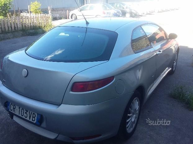 sold alfa romeo gt 1 9 jtd 150cv 05 used cars for sale autouncle. Black Bedroom Furniture Sets. Home Design Ideas