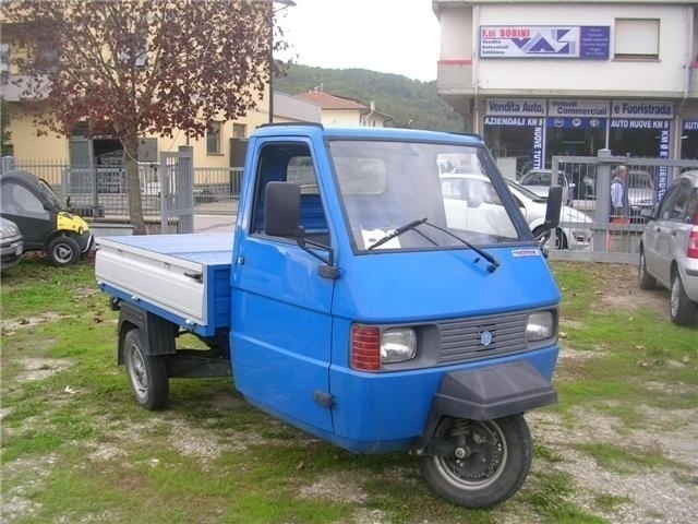 sold piaggio ape 200 cc a benzina used cars for sale. Black Bedroom Furniture Sets. Home Design Ideas