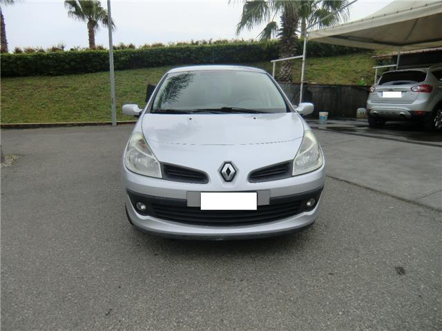 sold renault clio 1 5 dci 85cv 5 p used cars for sale autouncle. Black Bedroom Furniture Sets. Home Design Ideas