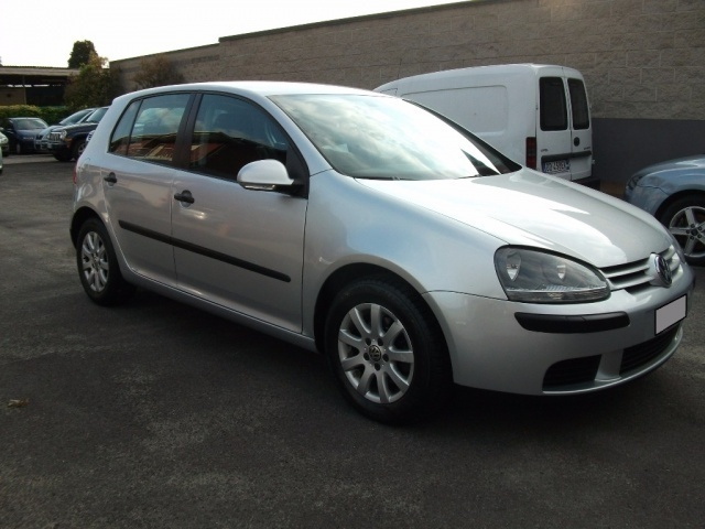 sold vw golf v 1 9 tdi 5p comfort used cars for sale autouncle. Black Bedroom Furniture Sets. Home Design Ideas