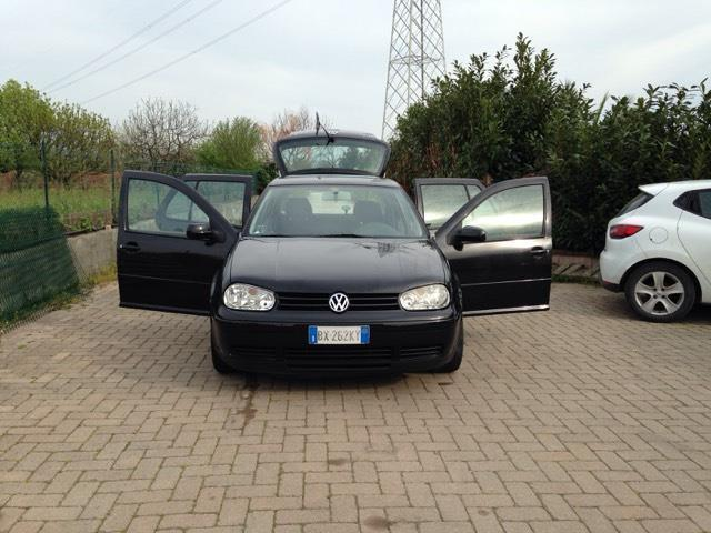 sold vw golf 1 9 tdi 130 cv cat 5p used cars for sale autouncle. Black Bedroom Furniture Sets. Home Design Ideas