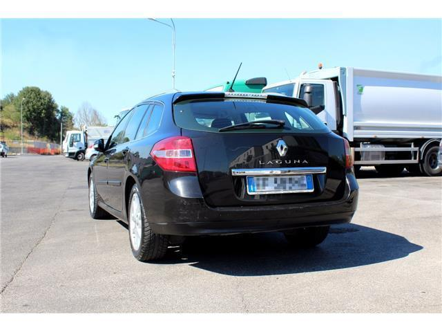 sold renault laguna 2 0 dci 150cv used cars for sale autouncle. Black Bedroom Furniture Sets. Home Design Ideas