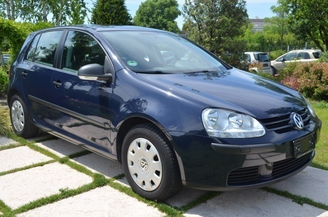 sold vw golf v 1 9 tdi 5p clima na used cars for sale autouncle. Black Bedroom Furniture Sets. Home Design Ideas