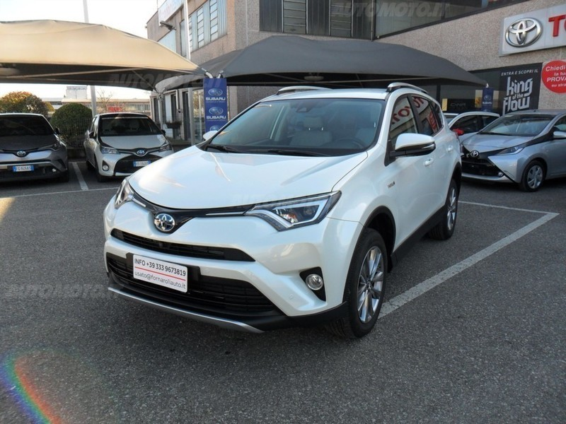 sold toyota rav4 hybrid 2wd lounge used cars for sale autouncle. Black Bedroom Furniture Sets. Home Design Ideas