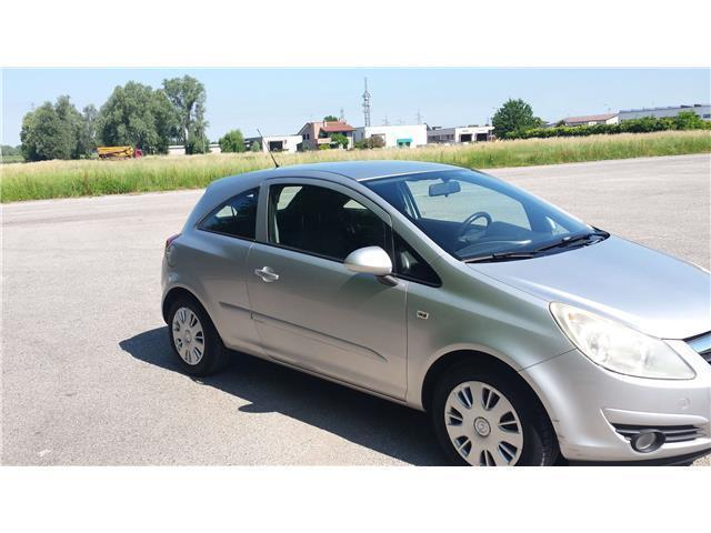 sold opel corsa 1 3 cdti 90 cv 3 p used cars for sale autouncle. Black Bedroom Furniture Sets. Home Design Ideas