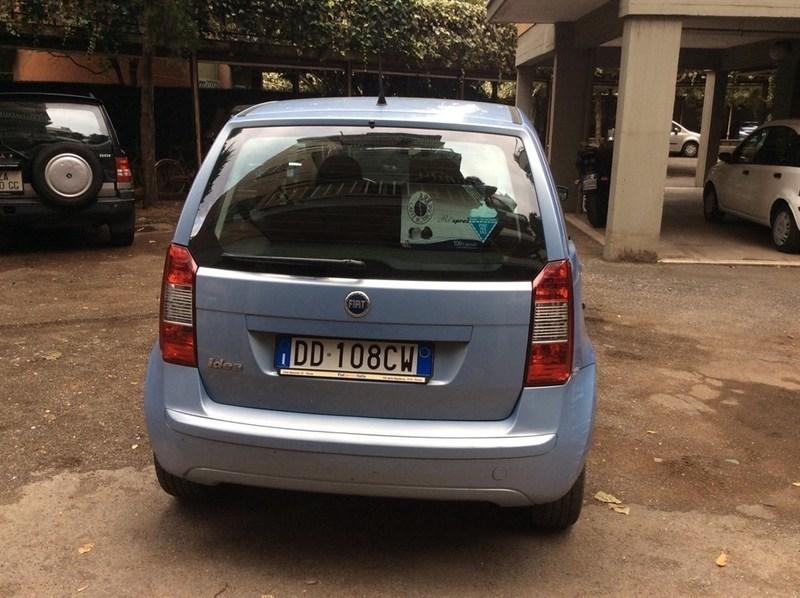 Sold fiat idea 1 4 16v dynamic del used cars for sale for Consumo del fiat idea 1 4