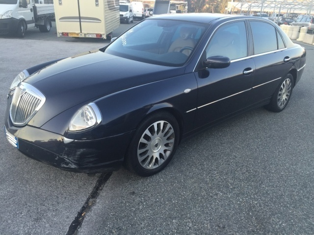2003 lancia thesis 2.4 jtd Thesis generation 2003 - 2006 year thesis thesis is a 4 doors sedan in e class / executive car weight of the vehicle is 1895 kg with 405 liters trunk loading capacity thesis 24 jtd multijet 20v emblema comfortronic is powered by a 2,4 l diesel engine.