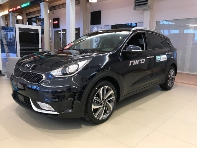 sold kia niro 1 6 gdi dct hev pron used cars for sale autouncle. Black Bedroom Furniture Sets. Home Design Ideas