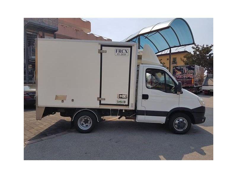 Usato daily35c21 frigo atp frc surgelati iveco daily 2014 km in salerno sa - Frigo encastrable 54 x 122 ...