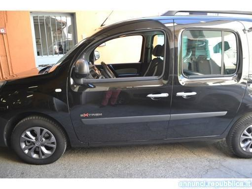 sold renault kangoo extrem 1500 dc used cars for sale autouncle. Black Bedroom Furniture Sets. Home Design Ideas