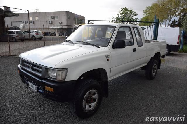 sold toyota hilux 2 4d 4x4 pick up used cars for sale autouncle. Black Bedroom Furniture Sets. Home Design Ideas
