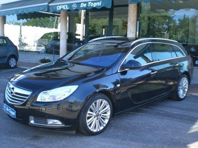 sold opel insignia sports tourer 2 used cars for sale autouncle. Black Bedroom Furniture Sets. Home Design Ideas