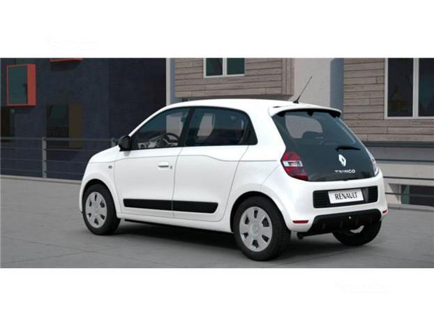 sold renault twingo zen sce 69cv e used cars for sale autouncle. Black Bedroom Furniture Sets. Home Design Ideas