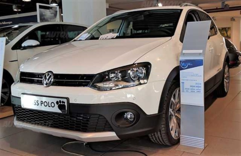 sold vw polo cross 1 4 tdi 90cv bm used cars for sale autouncle. Black Bedroom Furniture Sets. Home Design Ideas