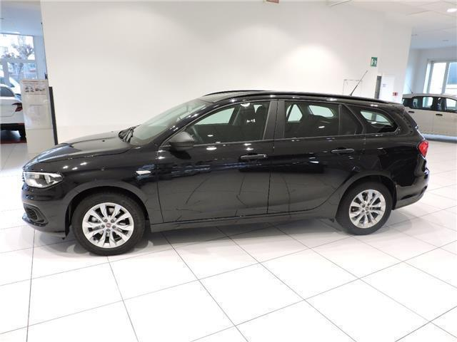 sold fiat tipo 1 4 5 porte pop sw used cars for sale. Black Bedroom Furniture Sets. Home Design Ideas