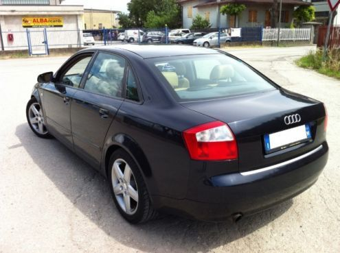 Sold audi a4 berlina 2 0 20v 131cv used cars for sale for Lunghezza audi a4 berlina