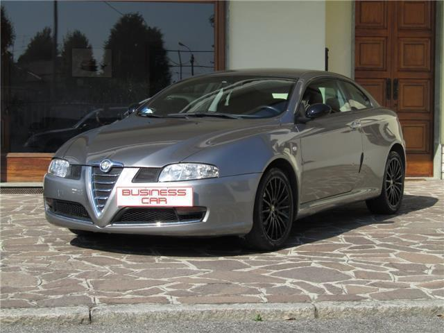 sold alfa romeo gt 1 9 jtdm 150 cv used cars for sale autouncle. Black Bedroom Furniture Sets. Home Design Ideas