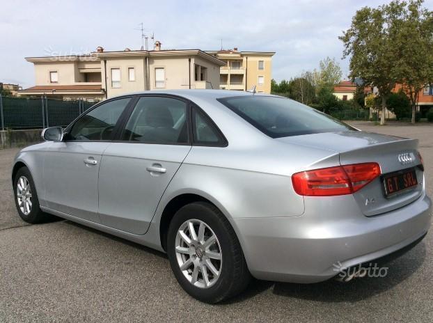 Venduto audi a4 berlina aut navi sens auto usate in vendita for Lunghezza audi a4 berlina