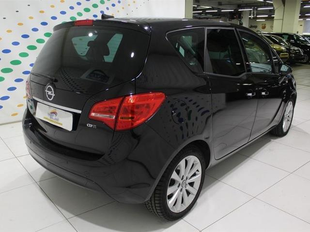 usato 1 7 cdti aut cosmo opel meriva 2011 km in livorno li. Black Bedroom Furniture Sets. Home Design Ideas