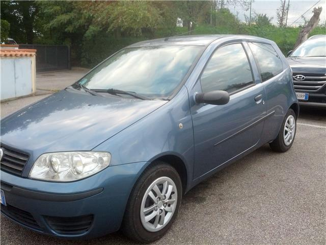 sold fiat punto 1 3 jtd 3p 4 used cars for sale autouncle. Black Bedroom Furniture Sets. Home Design Ideas