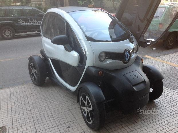 sold renault twizy 45 2012 used cars for sale autouncle. Black Bedroom Furniture Sets. Home Design Ideas