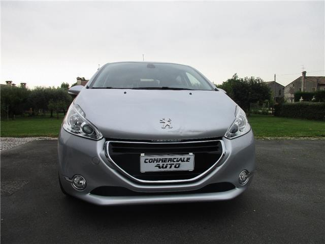 sold peugeot 208 1 6 e hdi 92 cv s used cars for sale autouncle. Black Bedroom Furniture Sets. Home Design Ideas