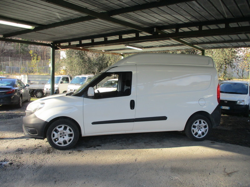 Sold Fiat Doblò  CARGO MAXI XL 1.6. - used cars for sale