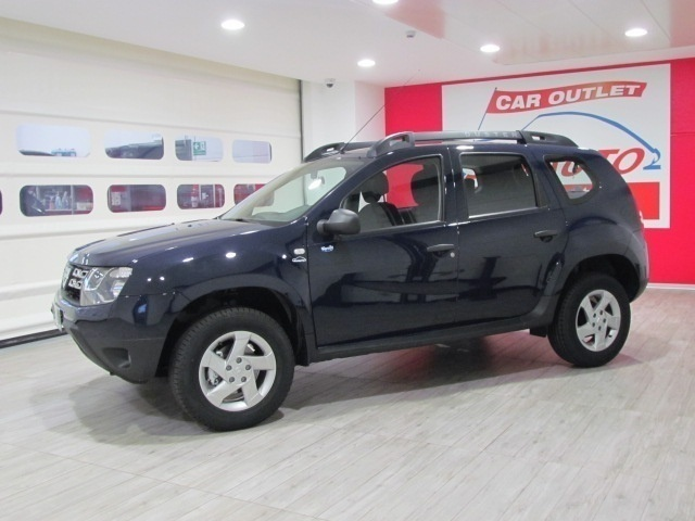 sold dacia duster 1 6 gpl 4x2 115cv used cars for sale autouncle. Black Bedroom Furniture Sets. Home Design Ideas