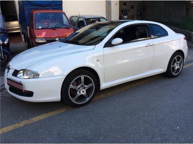 sold alfa romeo gt 1 9 mjt 16v dis used cars for sale autouncle. Black Bedroom Furniture Sets. Home Design Ideas