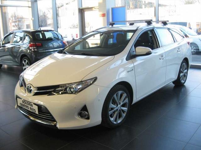 usata Toyota Auris Auris 2013 Benzina1.8 hybrid Lounge 5p